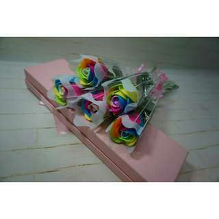 *FREE DELIVERY to WM only / Ready stock* Rainbow colow soal flower each as shown in design/color. Free delivery is applied for this item with min 10pcs.