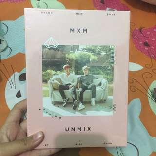 MXM 1st MINI ALBUM