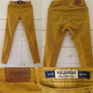 PULL & BEAR jeans / pnb jeans / p&b jeans / colour jeans