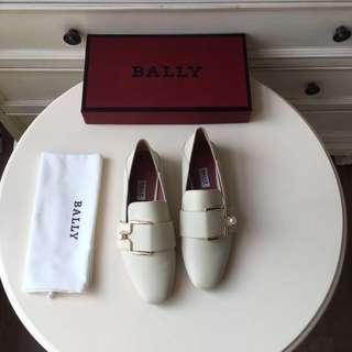 【兩件包郵】復古包頭單鞋。