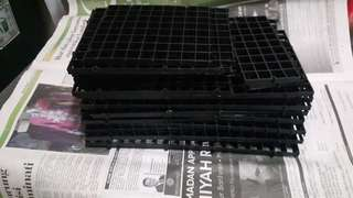 Egg crate tank cover
