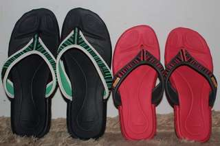 FREE SHIPPING REEBOK SLIPPER- avail Red; Black Sold