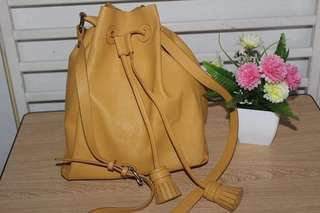 free shipping AUTHENTIC ZARA BUCKET BAG