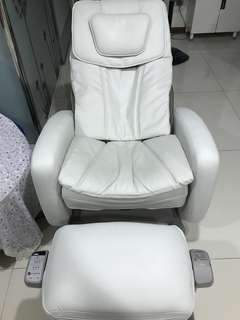 Osim massager chair (OS-7700 uyoyo)
