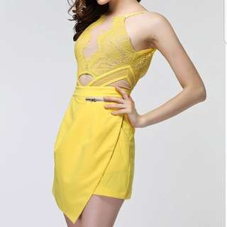 JUMPSUIT YELLOW CUT OUT