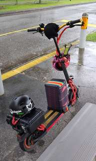 Ruima 48v 21ah, geared motor. Exclude helmets & improvised stool.