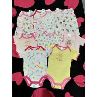 Smallwonder. Infant 10PCS 5onesies 5terno.