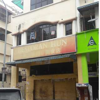 Shop Lot for rent (Ground Floor) (corner unit)