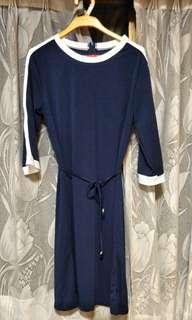 藏青色中長洋裝