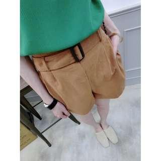 «Kimi Shop» 預購➜方釦造型麻料短褲