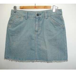 SALE! Gap Denim Frayed Hem Skirt