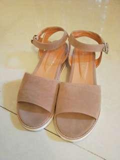🚚 杏色涼鞋