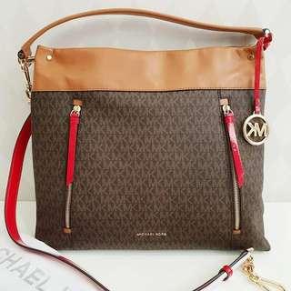 Michael Kors Hobo Bag sz 38x33x10