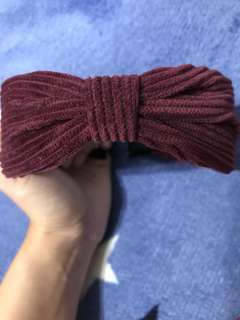🚚 酒紅蝴蝶結髮箍(有牙齒)
