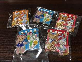 迪士尼徽章 Disney Pin- Duffy StellaLou Gelatoni Shelliemay