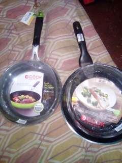 for sale frying pan 2 pcs.
