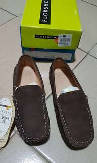 Used once, Florsheim boy's casual shoes