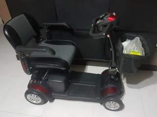 Mobility Scooter (4 wheeled)