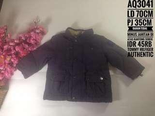 Jaket anak import bahan tebal brand tommy hilfiger AQ3041