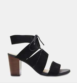 Sandler black leather heels/ sandals size 7 RRP $160