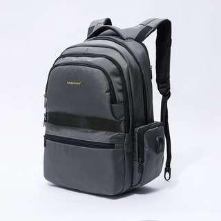 🚚 【現貨】實用型電腦筆電後背包 手提包 背包 肩包 斜挎包 防水尼龍包 多層收納空間 - 軍綠色