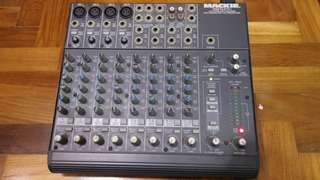 Mackie 12channel mixer