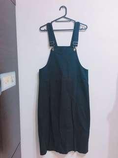 🚚 黑色牛仔吊帶裙