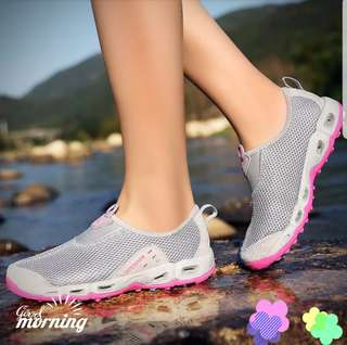 *Brand New* Outdoor Beach Quick dry shoes (pink grey)