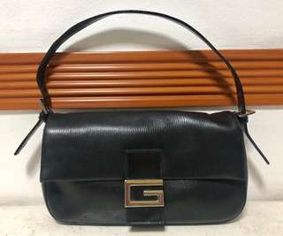 G2000 handbag