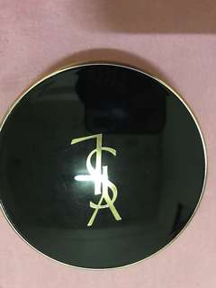 🚚 YSL FACE POWDER