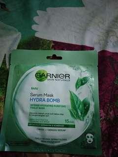 Garnier serum mask hydra bomb