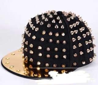 Unisex stud hat