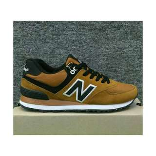 New Balance 574 Classic Suede