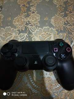 Playstation 4 dual shock 4