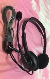 Mulit-device stereo headset