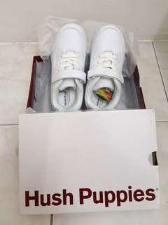 Hush puppies🆕 school shoe