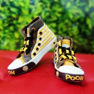 Disney shoe ( winnie the Pooh )