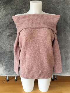 **PRICE DROP** Aritzia Wilfred Free off the shoulder sweater size S