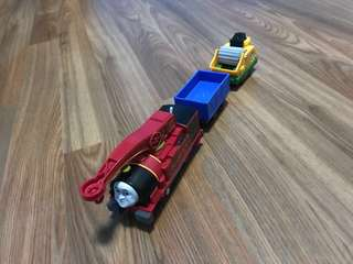 "thomas & friends- motorized ""helpful harvey"""