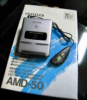 HARD TO FIND - VINTAGE COLLECTABLES '90s VERY VERY RARE BRAND NEW OLD STOCK AIWA AMD-50 MINIDISC PLAYER C/W ACCESSORIES COST OVER $800 WAREHOUSE CLEARANCE $299 MADE IN JAPAN