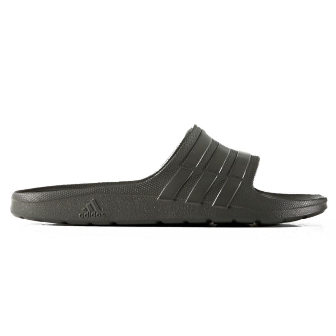 68a362fbb1e5 Adidas Duramo Slides Grey