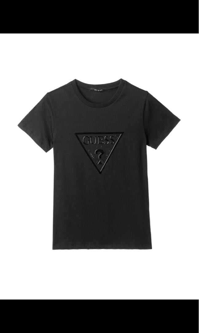 2e021047a88 Authentic Guess tee, Women's Fashion, Clothes, Tops on Carousell