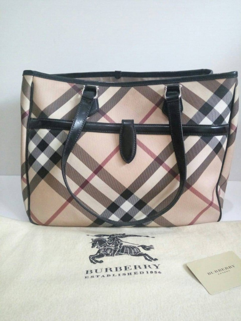 0c5b61dda Burberry nova tote comes with card and dust bag (37x15x30cm), Luxury ...