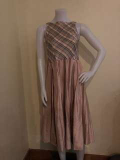 Rajo laurel dress