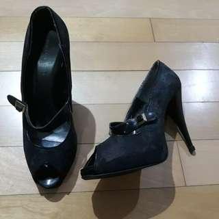 Charles & Keith heels black (mengelupas)