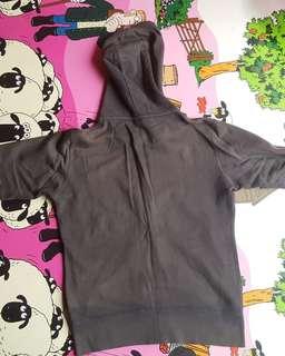 Jaket hoodie Uniqlo ukuran M