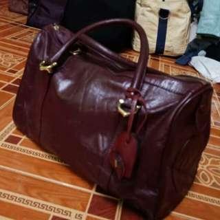 Authentic CARTIER red bordeaux leather les must de