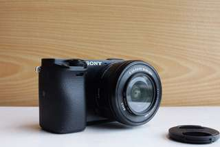 Sony A6000 with 16-50mm kit lens