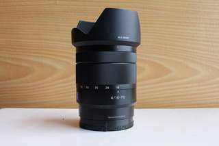 Sony Zeiss 16-70mm f4