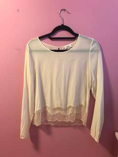 Aritzia Desaix Blouse Size Small in Cream